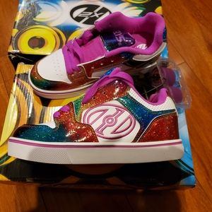 Youth Heelys sneakers size 3